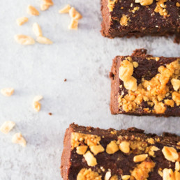 Paleo Gluten Free Peanut Butter Brownies - Fresh Pre Packaged Meals - Deliciously Clean Eats